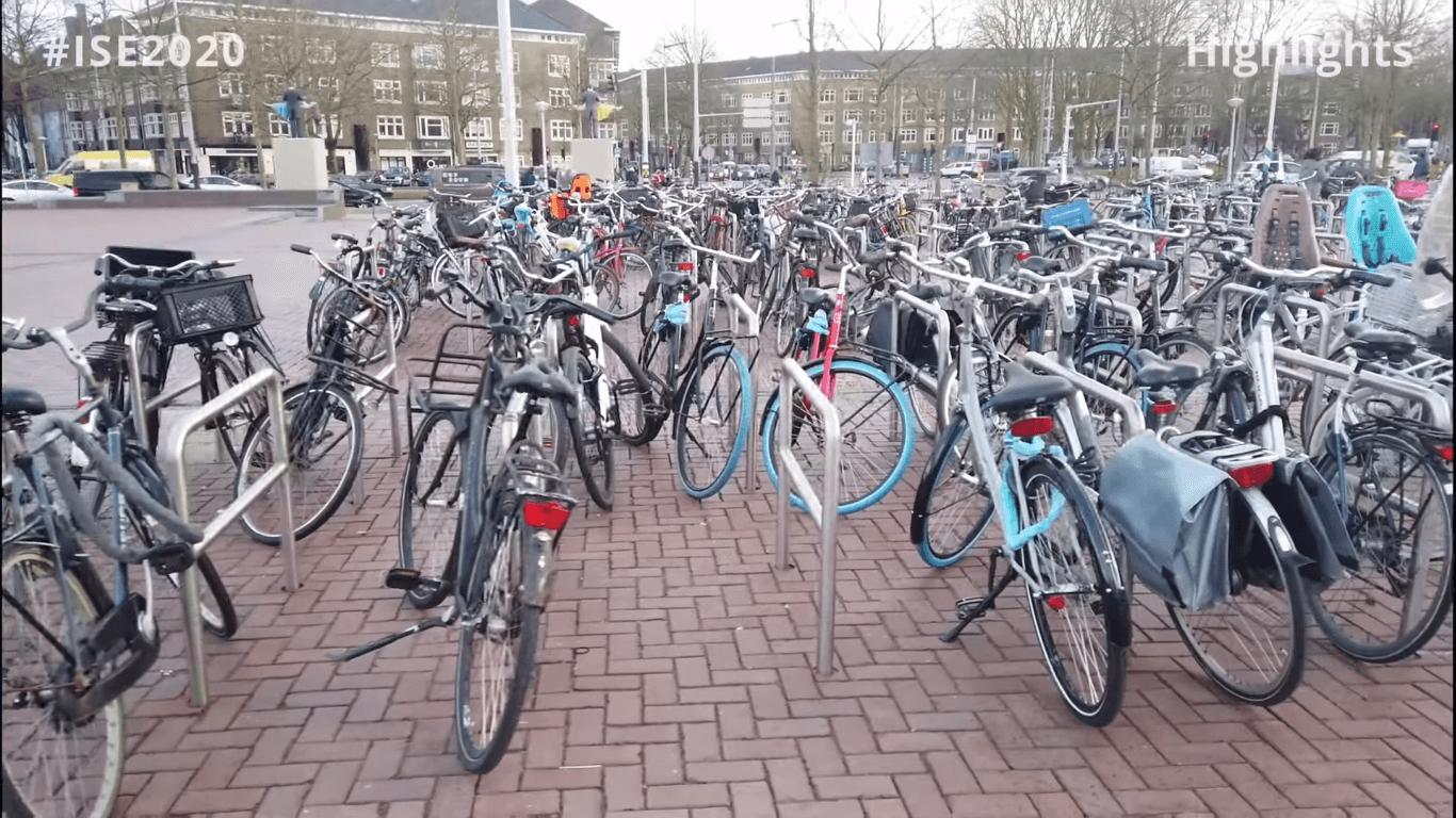 Обои стоянка, велосипед. Разное