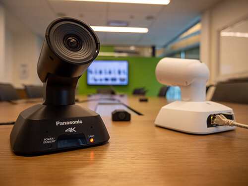 4k PTZ-камера Panasonic AW-UE4